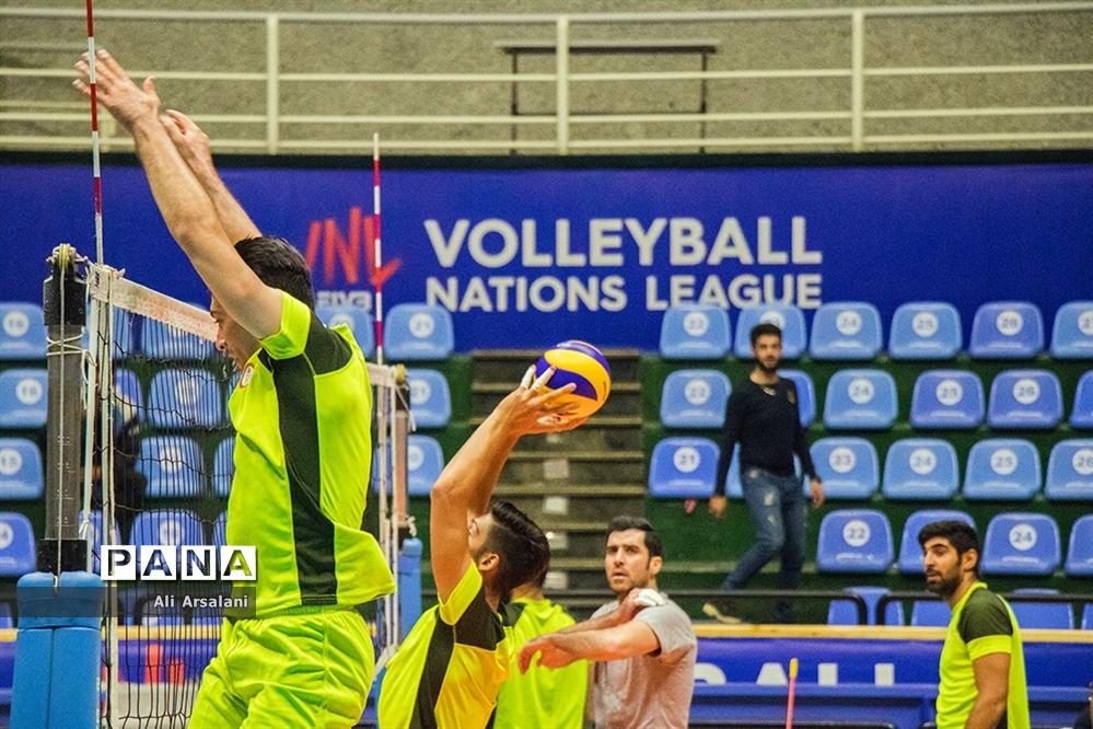 تمرین تیم والیبال شهرداری ارومیه