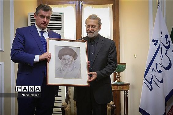 دیدار رئیس کمیته امور بین الملل دومای روسیه با علی لاریجانی