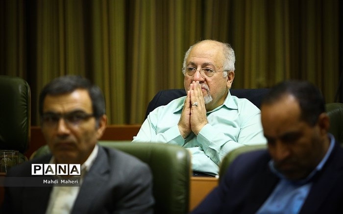 حقشناس: طرح اصلاح قانون انتخابات شوراها به اعتماد جامعه آسیب میزند