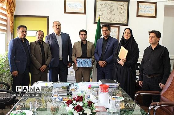 آیین تودیع و معارفه مدیر سازمان دانش آموزی شهرستان سمنان