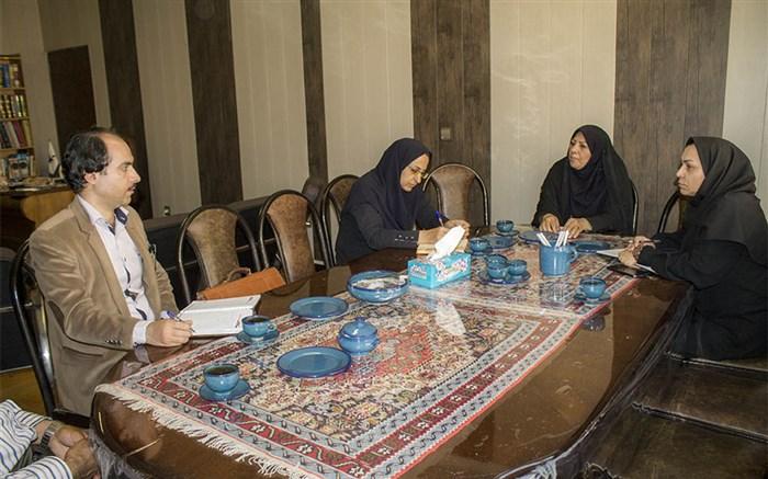 نشست مشترک مدیرکل کانون استان همدان و معاون اجتماعی سازمان فرهنگی شهرداری