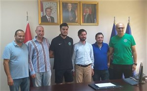 ملیپوش والیبال ایران راهی لیگ ترکیه شد
