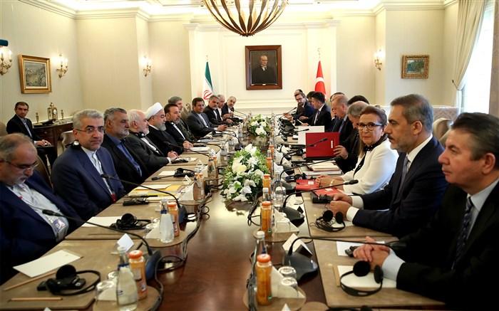 روحانی در دیدار رئیس جمهور ترکیه: