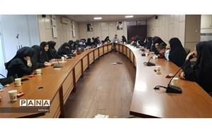 جلسه عمومی آموزش دهندگان سواد آموزی در منطقه۴ برگزار شد