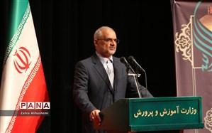 حاجی میرزایی: در دو ماه برنامهای برای حمایت از نخبگان تدوین میکنیم