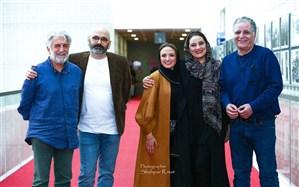 رضا کیانیان «قصر شیرین» میرکریمی را برای نابینایان صوتی کرد