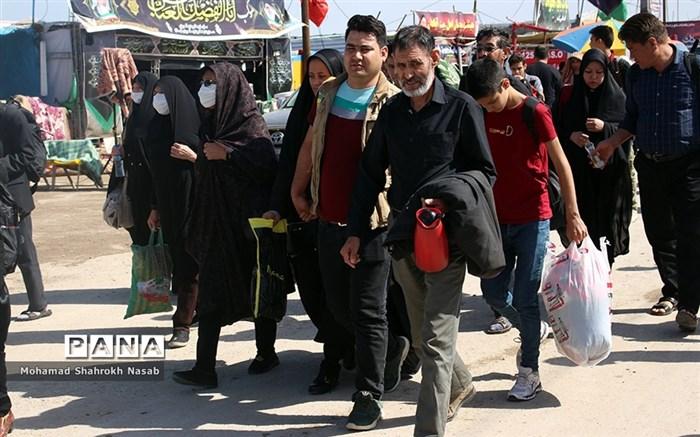 خدمات رسانی به زائرین اربعین در مرز شلمچه