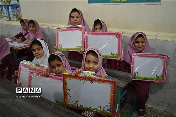 برگزاری آیین شکوفههای حسینی در امیدیه