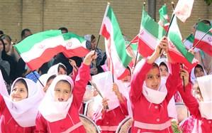 مدیر کل آموزش و پرورش استان خبر داد: تحصیل 136000 نوآموز و دانش آموز پایه اول ابتدایی در آذربایجان شرقی