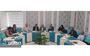 نشست خیرین مدرسه ساز شمیرانات با فرماندار و رئیس آموزش و پرورش منطقه 1