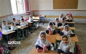 معاون عمران بنیاد برکت خبر داد: 11 مدرسه در مناطق زلزله زده استان کرمانشاه افتتاح شد