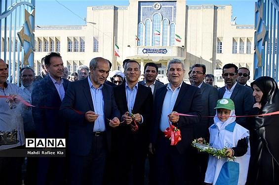 آیین اعزام کاروان تجهیزات ورزشى و بهداشتی آذربایجان شرقی