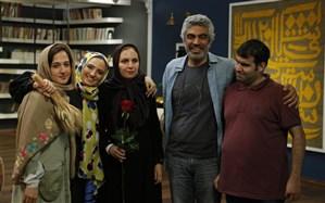 گلاره عباسی میزبان اعضای سوینا در «کتاب باز»