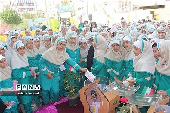 جشن عاطفهها در مدارس شهرستان  دشتستان