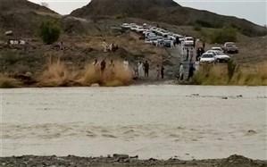 طغیان رودخانه ها، 10 راه ارتباطی جنوب سیستان و بلوچستان را مسدود کرد