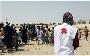 توزیع لوازمالتحریر و سبد کالای افق کوروش به روستاهای صعبالعبور بلوچستان