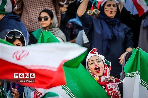 روز تاریخ؛ اولین حضور رسمی زنان در استادیوم فوتبال