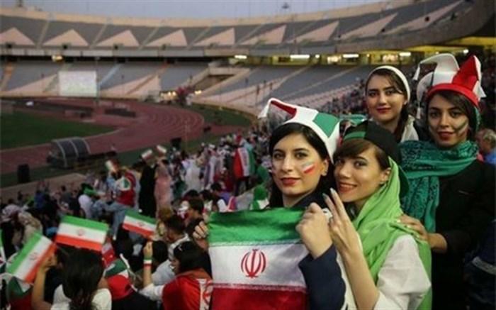 زنان در ورزشگاه