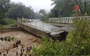 چند پل در گیلان بر اثر بارش شدید باران تخریب شد