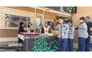 برپایی ایستگاه صلواتی بمناسبت ایام اربعین حسینی دردبستان شهیدیاسینی آبادان