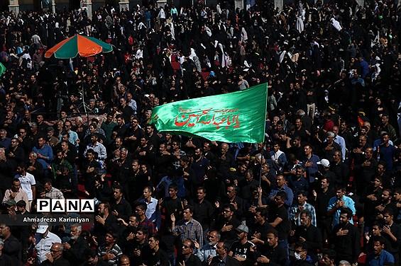 شور حسینی در حرم مطهر احمدبن موسی (ع) در شیراز