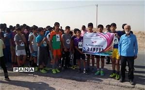 مسابقه دو صحرانوردی دانش آموزی در شهرستان میبد برگزار شد .