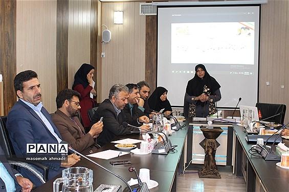 جلسه هماندیشی مجموع معاونان پرورشی و فرهنگی آموزش و پرورش استان البرز
