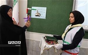 زنگ بیست و دومین دوره انتخابات شورای دانش آموزی  نواخته شد