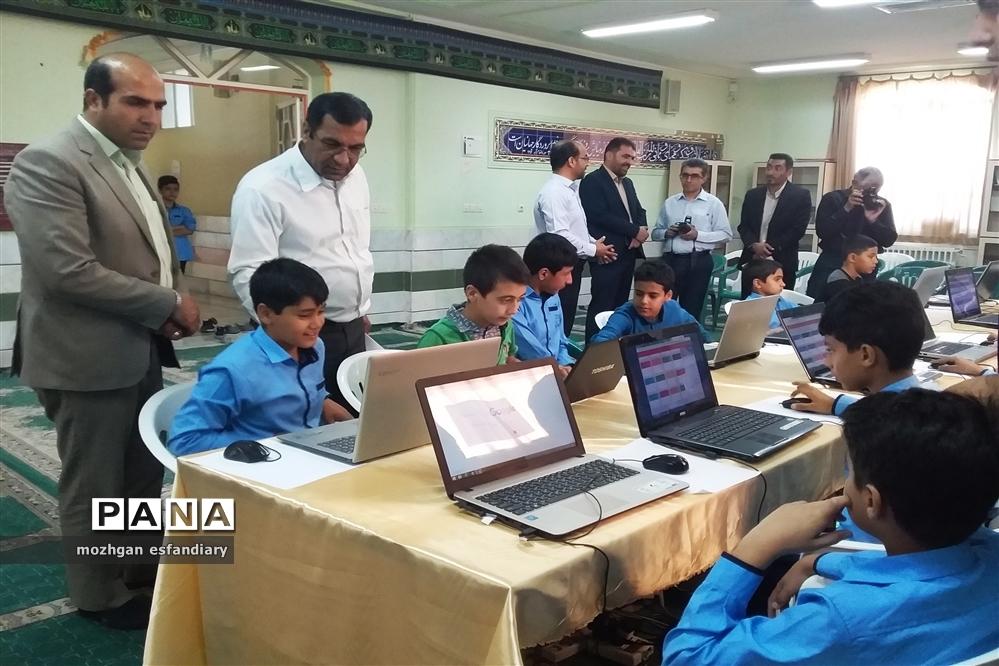 برگزاری انتخابات الکترونیکی شورای دانشآموزی در مدارس نی ریز