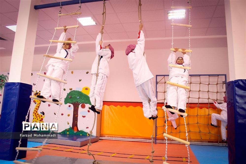 افتتاحیه کلاس درس تربیتبدنی در چهاردانگه