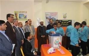 آیین نمادین بیست و دومین دوره انتخابات شورای دانش آموزی مدارس شهرستان دشتستان برگزار شد