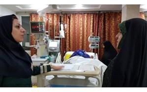 عیادت معاون رئیسجمهوری از اعظم طالقانی در بیمارستان +عکس