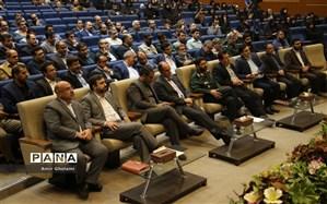 مراسم تجلیل از خادمین و مسئولین راهیان نور دانش آموزی استان تهران