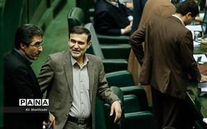 خیز پارلمان برای «تقلیل مجازات حبس تعزیری»؛ دو فوریت طرح تصویب شد