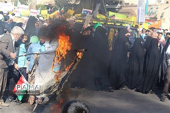 شکوه حضور در آیین روز ملی مبارزه با استکبار جهانی و روز دانش آموز