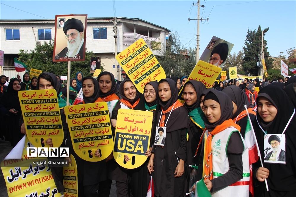 فریاد استکبار ستیزی دانش آموزان گلستانی در راهپیمایی 13 آبان