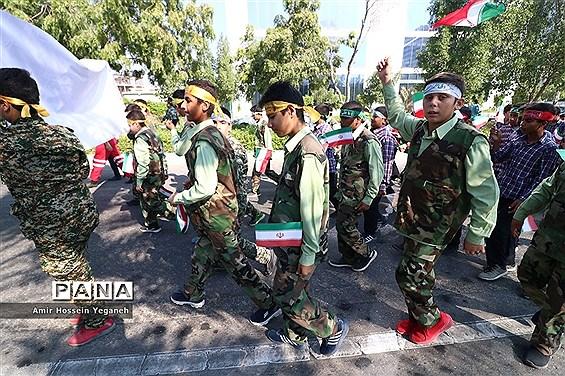 مراسم راهپیمایی 13 آبان در جزیره کیش