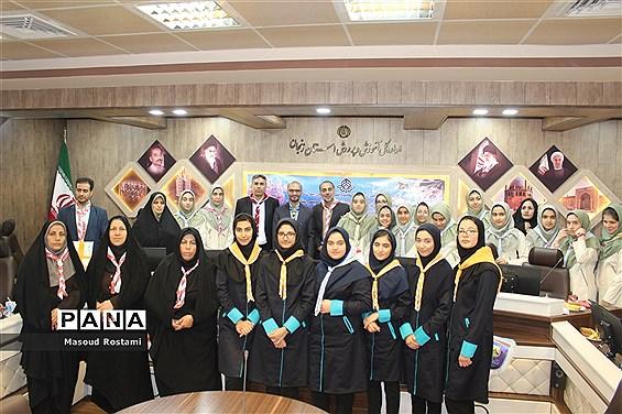 تجلیل ازبرگزیدگان اردوی ملی پیشتازان دختر و پسر استان زنجان