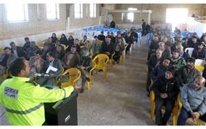 جلسه توجیهی رانندگان سرویس مدارس در جلگه رخ برگزار شد