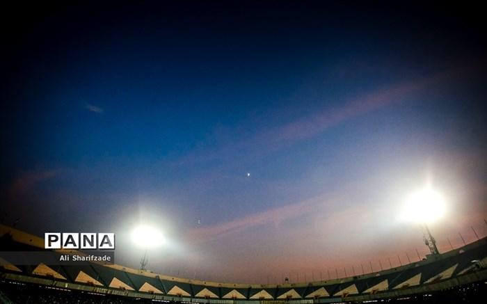 دیدار تیمهای استقلال و صنعت نفت آبادان