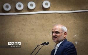 حاجی میرزایی: طرح رتبهبندی فرهنگیان ظرف یکی دو هفته آینده اجرا میشود