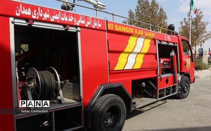 بازدید دانشآموزان پیشتاز از ایستگاه آتشنشانی شماره 6 همدان