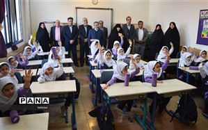 بازدید رییس مدارس غیردولتی از  مجتمع آموزشی در منطقه۲ تهران