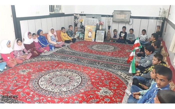 دانش آموزان بخش بوستان شهرستان باشت با مادر شهید عوض پور دیدار کردند