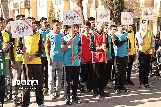 آیین افتتاحیه المپیاد ورزشی درون مدرسهای در یزد