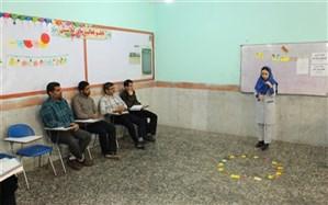 کارگاه های آموزشی ویژه آموزگاران ابتدایی شبانکاره  برگزار شد