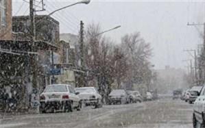 بارش برف و باران در برخی محورها؛ رانندگان زنجیر چرخ همراه داشته باشند