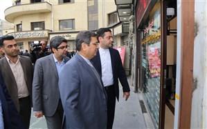 بازدید سرزده رئیس کل بانک مرکزی از صرافیهای میدان فردوسی + تصاویر