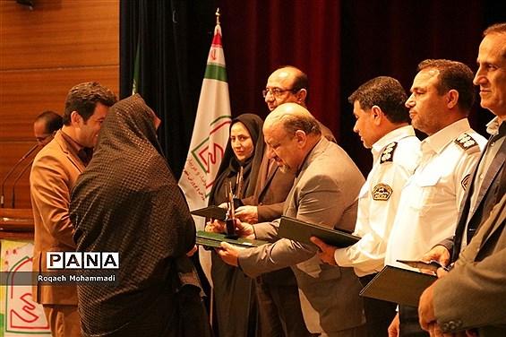 همایش  تجلیل انجمنهای برتر آموزش و پرورش استان بوشهر