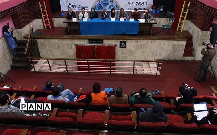 نشست خبری هیات داوران چهل و نهمین جشنواره فیلم رشد